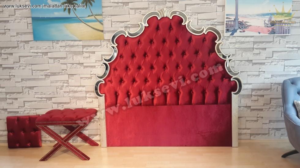Aynalı Kadife Kırmızı Başucu Modeli Dekoratif Güzel Başucu Modelleri