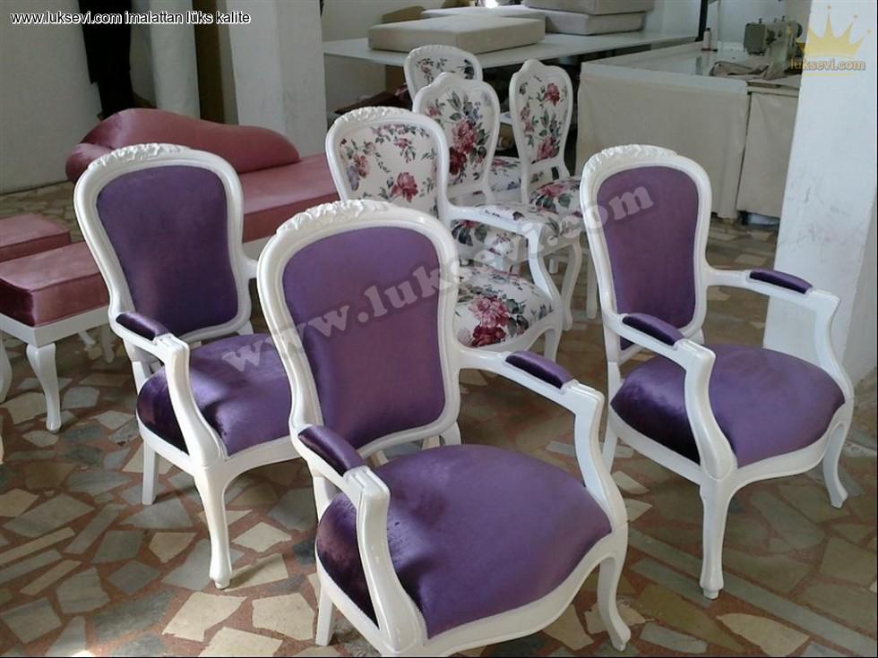 Klasik Model Lüks Sandalye Modelleri Burada